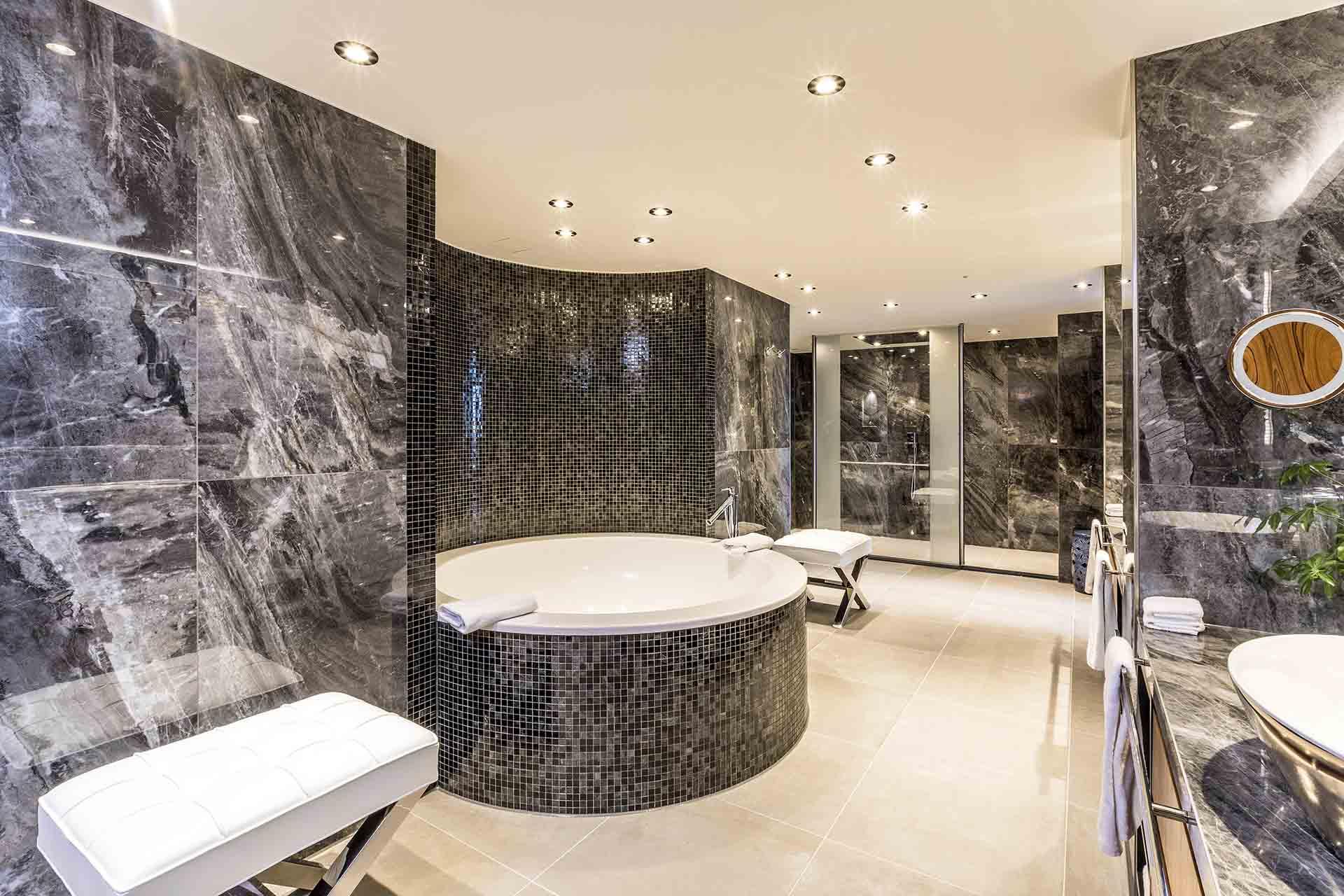 Bathroom Presidential Suite