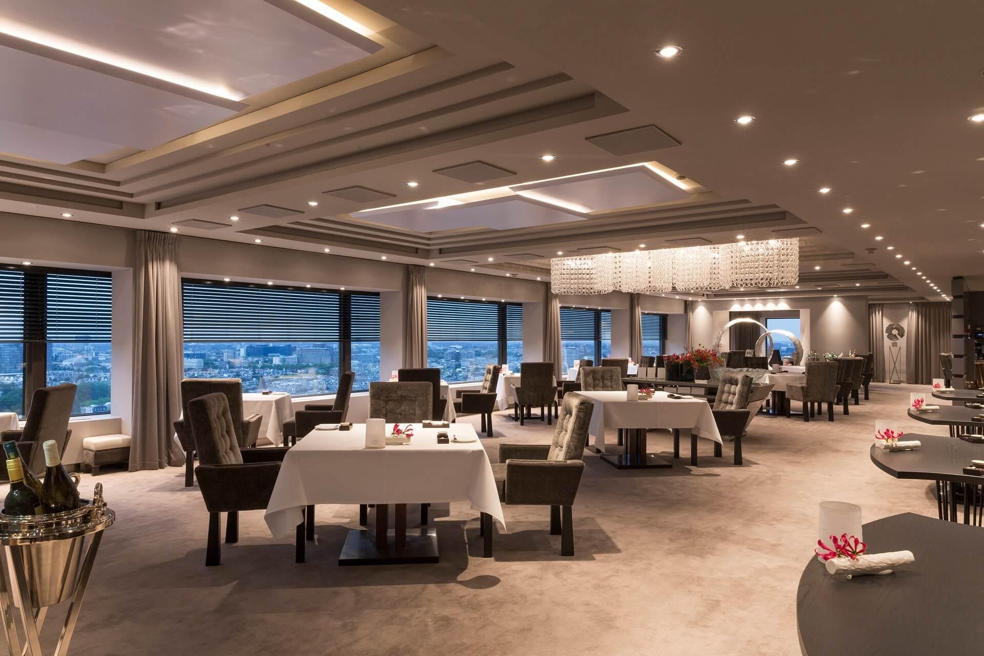 Ciel Bleu Restaurant**