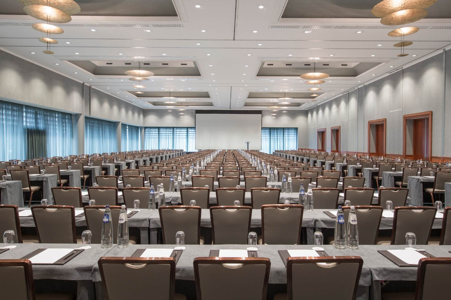 Hotel Okura Amsterdam again voted the Netherlands' Leading Business Hotel