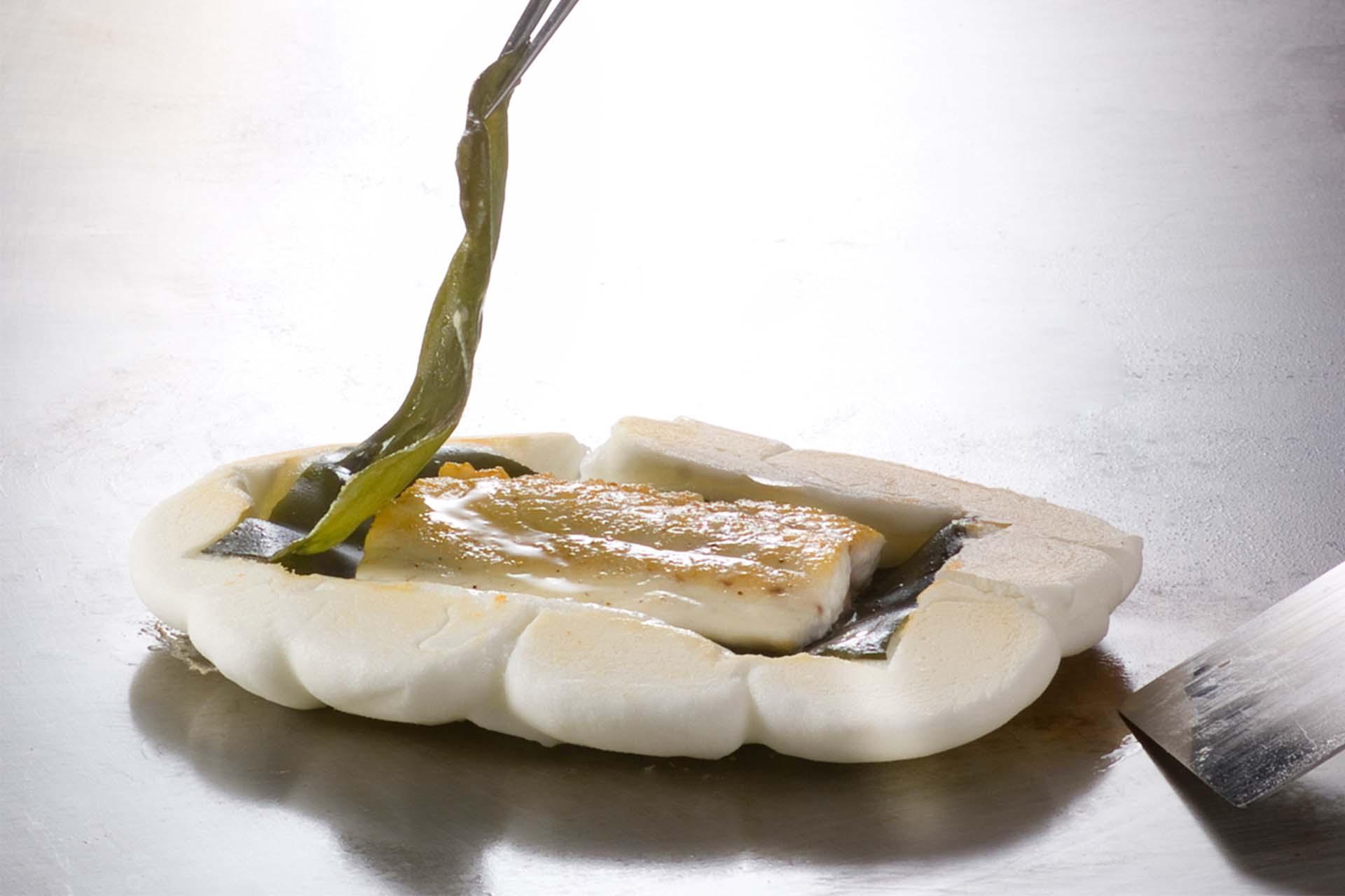 Steamed sea bream in sea salt case
